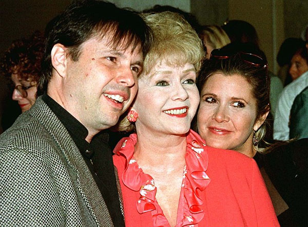 todd-fisher-debbie-reynolds-y-carrie-fisher